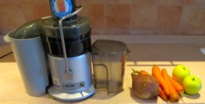 juicing beet carrots and apples